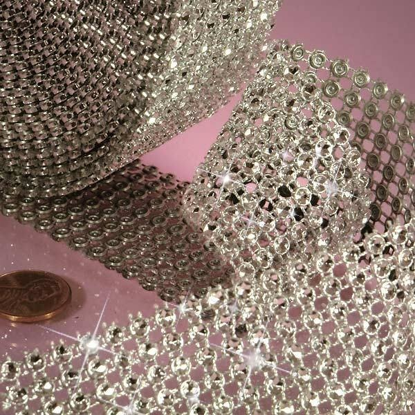 Nastro decorativo strass in plastica ARGENTO 5 cm x 3 m - in vendita su Sugarmania.it
