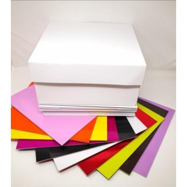 Offerta 10 scatole più 10 tavolette colorate 35 x 35 cm - Sugarmania in vendita su Sugarmania.it