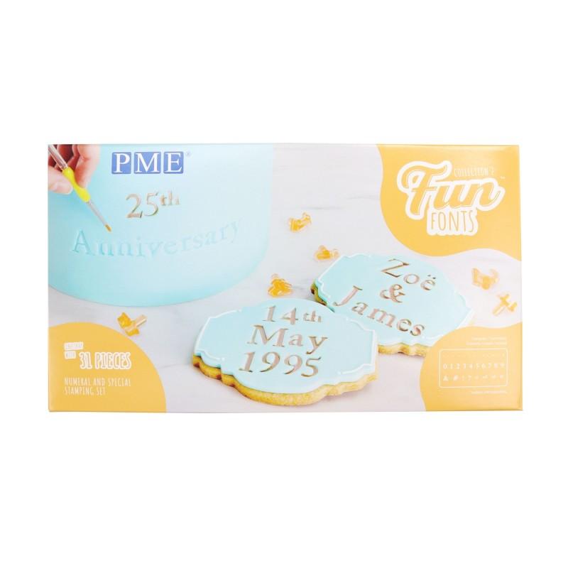 Stampi Fun fonts PME numeri e segni stampatello 31 pezzi - PME in vendita su Sugarmania.it